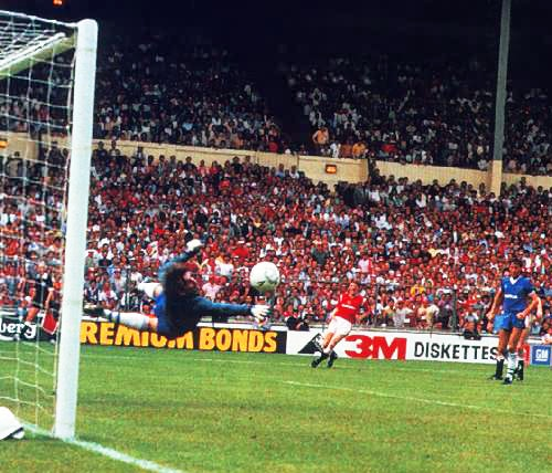 Norman Whiteside, 1985 FA Cup Final